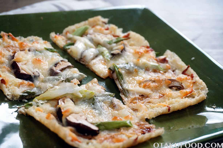 Aburaage Pizza