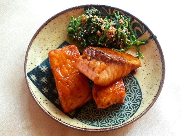 Japanese Towel Cake Recipe: Salmon Teriyaki (さけ てりやき)
